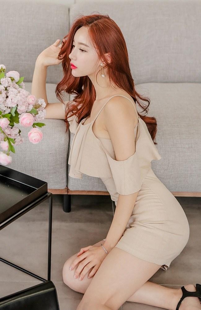 Japanese Model Hyemi
